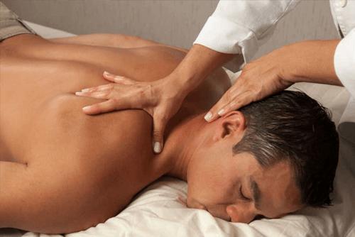 ماساژ درمانی و حرکات اصلاحی